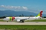 CS-TPT Embraer ERJ190STD (190-200) E190 - TAPexpress (28329584076).jpg