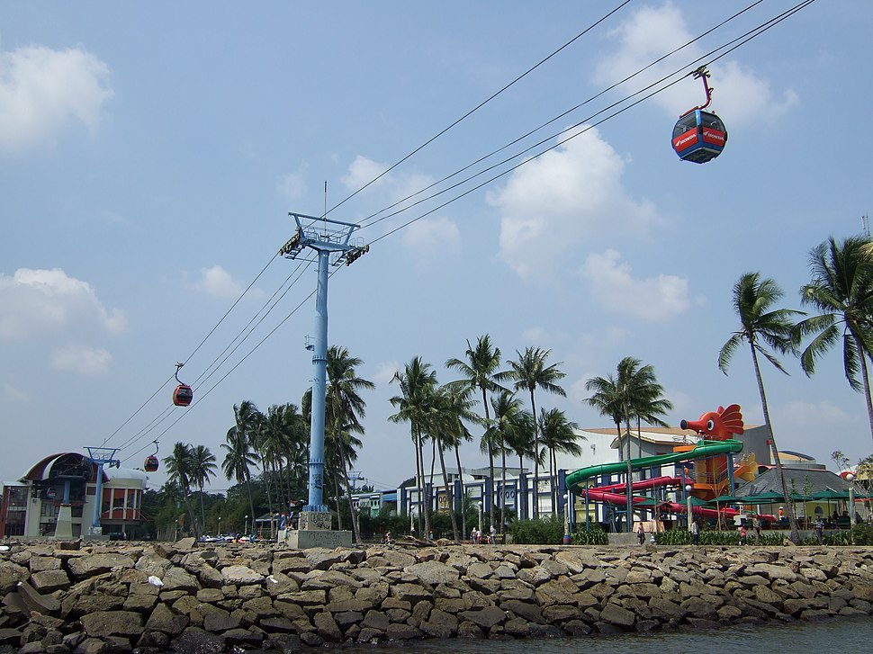 Cable car Gondola Ancol Jakarta Bay City