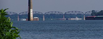 Cairo Rail Bridge - Image: Cairo Ohio River Bridge P6190072 crop