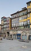 Cais da Ribeira in Porto (6).jpg