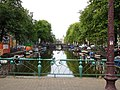 Canal in Amsterdam 01.jpg