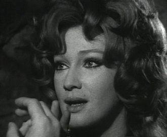 Carla Gravina - Gravina in Il segno del comando (1971)