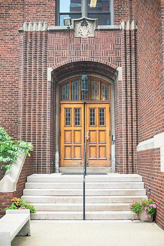 Carlow University - Carlow University Aquinas Hall main entrance