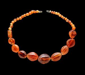 Carnelian necklace As 7702