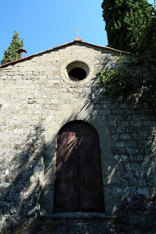 Castel Del Piano, Chiesa di San Biagio a Gravilona, facciata