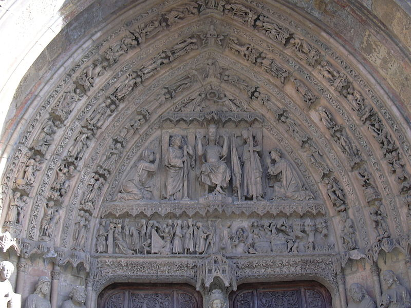 Catedral de León, Detalle de la portada central