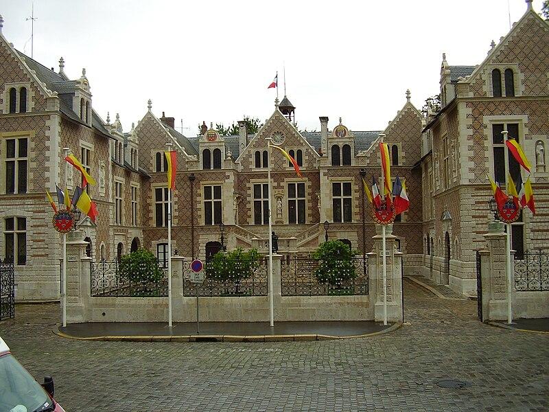 File:Cathédrale Sainte-Croix d'Orléans 2008 PD 31.JPG