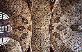 Ceiling of Ālī Qāpū.jpg