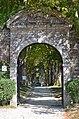 Château de Rochefort-en-Terre (entrée principale).jpg