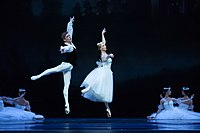 Chopiniana, choreografia Michaił Fokin, Polski Balet Narodowy, fot. Ewa Krasucka TW-ON.jpg