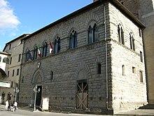 Il Palazzo dei Priori.