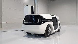 Cleveron self-driving robot courier.jpg