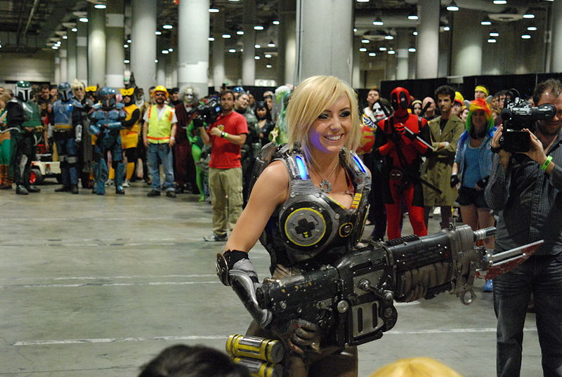 File:Comikaze 2011 - Gears of War (6953926294).jpg