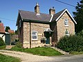 Cottage, Swallow, Lincs - geograph.org.uk - 543094.jpg
