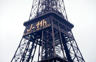 Millennium celebrations - Millennium countdown on the Eiffel Tower, Paris