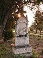 Csaplár Ignác százados sírhelye, Felsőnyék.jpg