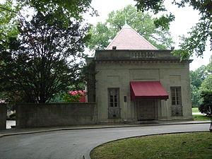 Image of Curtis Hall Arboretum: http://dbpedia.org/resource/Curtis_Hall_Arboretum