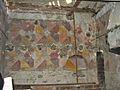 Décor du Châtel de Theys, vue d'ensemble du mur est.jpg