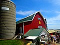 Dairy Barn and Milk House - panoramio.jpg