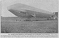 """Das Luftschiff """"Ersatz Deutschland"""" bei der Ausfahrt aus der Ballonhalle in Friedrichshafen, Foto M. Dietrich.jpg"""