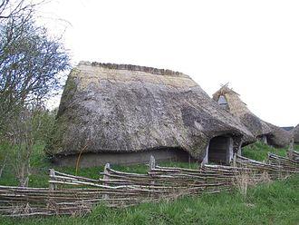 Iron Age Scandinavia - Image: Denmark reconstructed iron age house
