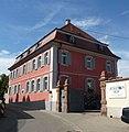 Der Jesuitenhof ist ein früheres Kloster, in dem heute ein Weingut betrieben wird. - panoramio.jpg