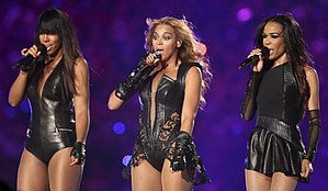Destiny's Child performing during the Super Bowl XLVII halftime show at Mercedes-Benz Superdome in New Orleans, Louisiana on February 3, 2013. From left to right: Kelly Rowland, Beyoncé Knowles, Michelle Williams