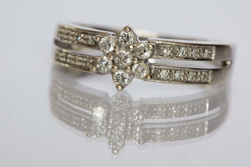 File:Diamond ring by Ernst Vikne.jpg