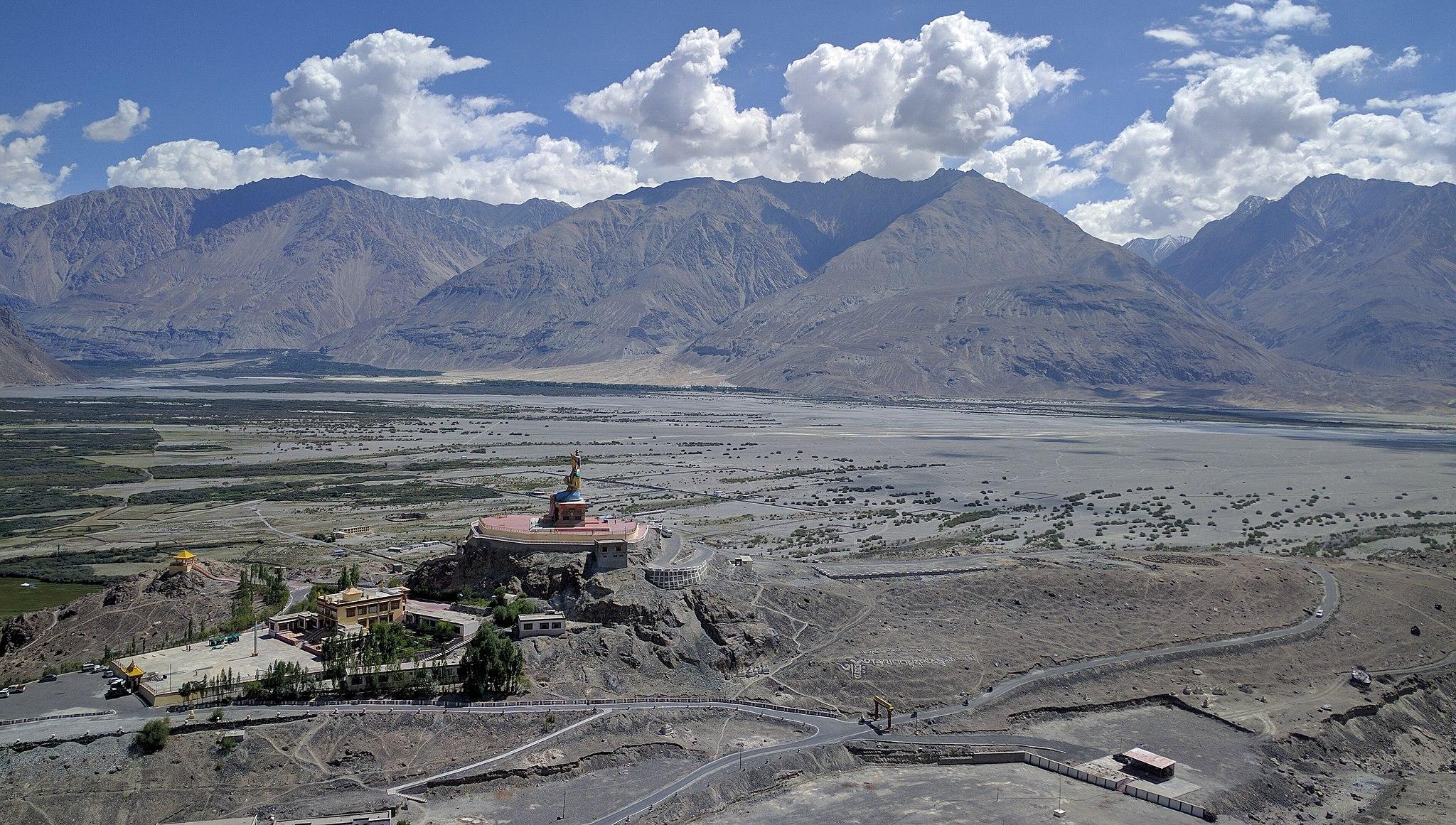 Diskit Monastery (28499372572)