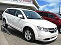 Dodge Journey 2.7 SXT 2010 (11376481486).jpg