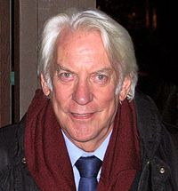 Actor Donald Sutherland appeared as Hollis Hurlbut.