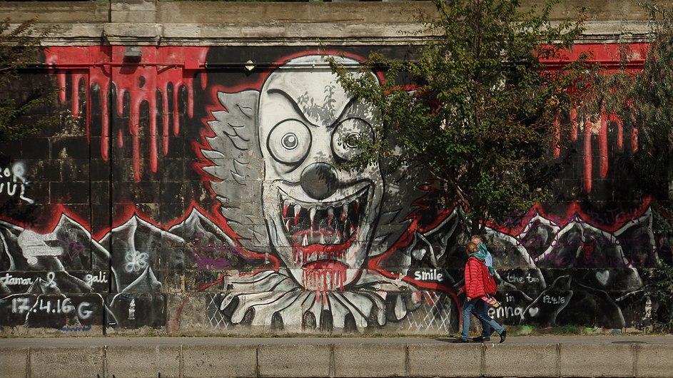 """Donaukanal Graffiti; """"Horror Clown"""".jpg"""