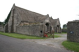 Doulting - Abbey Barn - geograph.org.uk - 915399.jpg
