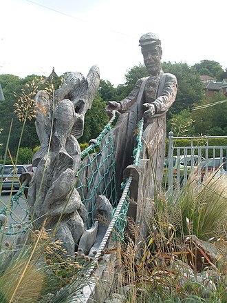 Ferryside - The fishing sculpture in Ferryside.