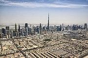 Dubai Skyline mit Burj Khalifa (18241030269)