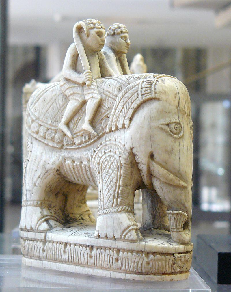 Echiquier de Charlemagne éléphant=fou CdM.jpg