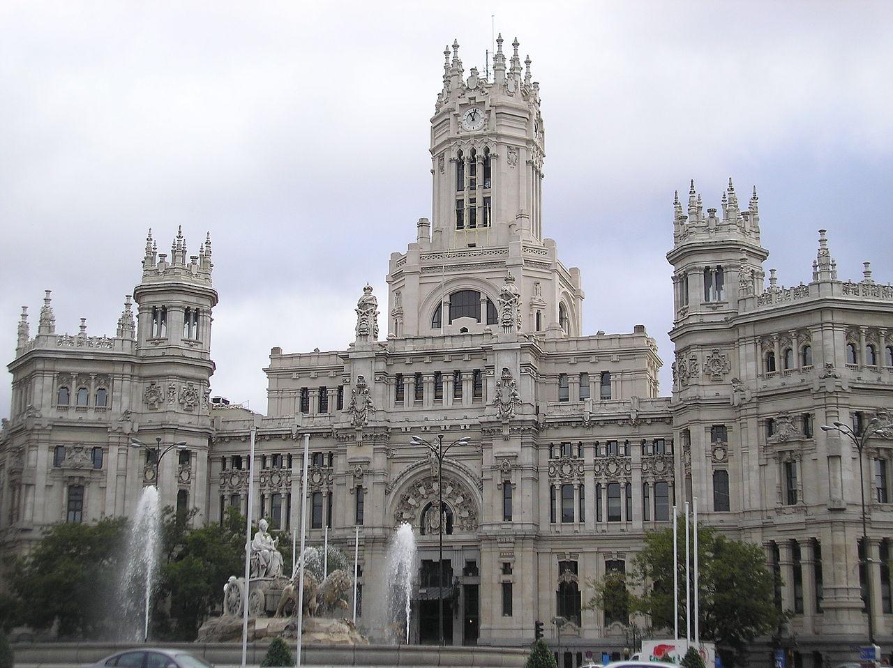 Fitxategi edificio de correos actual ayuntamiento de for Edificio de correos madrid