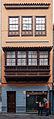 Edificio en la calle Obispo Rey Redondo, 44, San Cristóbal de La Laguna, Tenerife, España, 2012-12-15, DD 02.jpg