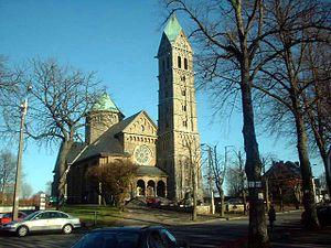 Bütgenbach - Image: Eglise Bütgenbach 1