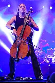 Eicca Toppinen Finnish cellist