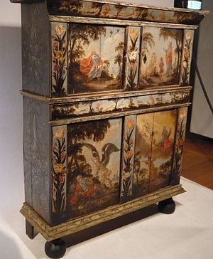 Zuiderzee Museum - Often on display is the 18th century chest (Assendelfter kast) painted with scenes from the life of Old Testament prophet Elijah
