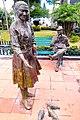 Esculturas en homenaje a la cotidianidad.jpg