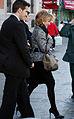 Esperanza Aguirre en la Puerta del Sol de Madrid 02 (marzo de 2009).jpg