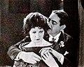 Fair Lady (1922) - 14.jpg