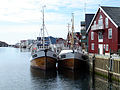 Fishing boats Henningsvær.jpg
