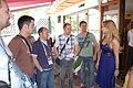 Flickr - proteusbcn - Gisela parlant amb socis d'OGAE Andorra.jpg