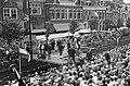 Folkloristisch festival te Bolsward, overzicht optreden Bolswarder Skotsploeg me, Bestanddeelnr 914-1906.jpg