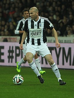 Football against poverty 2014 - Zidane (4).jpg
