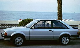 Ford Escort 3 by seaside.jpg