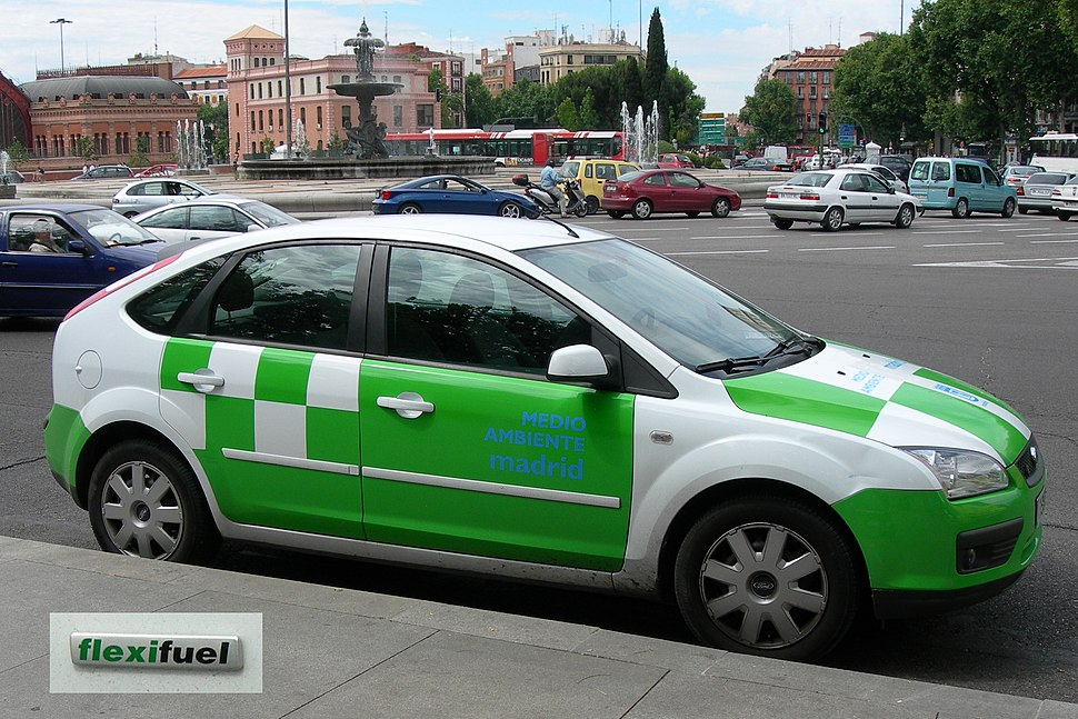 Ford Focus Flexifuel in Madrid with flexifuel badging